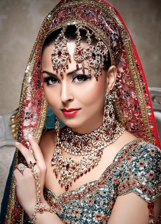 Indian-Bridal-Makeup-Trends-2015