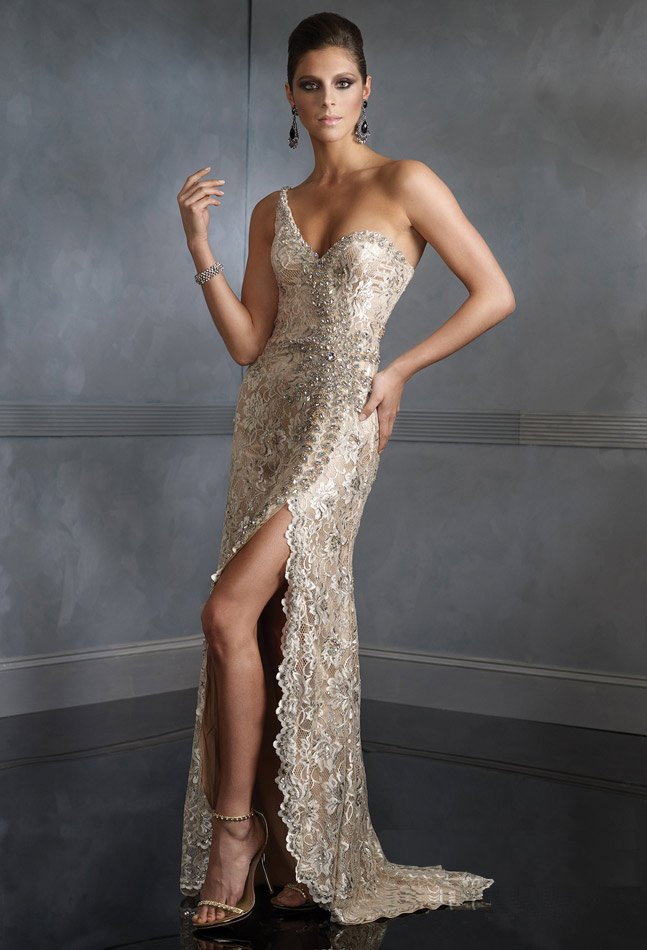 Lady-Long-Prom-Gown-Lace-Party