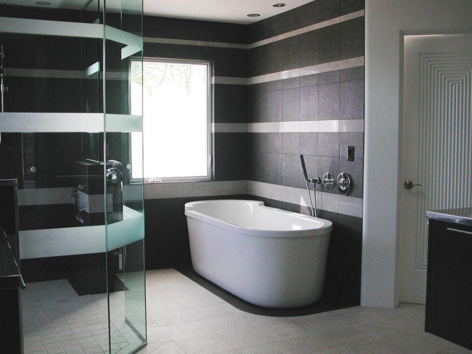 Modern Luxury Bathroom Design and Decor Ideas