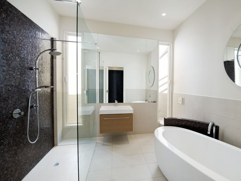 Modern bathroom design with freestanding