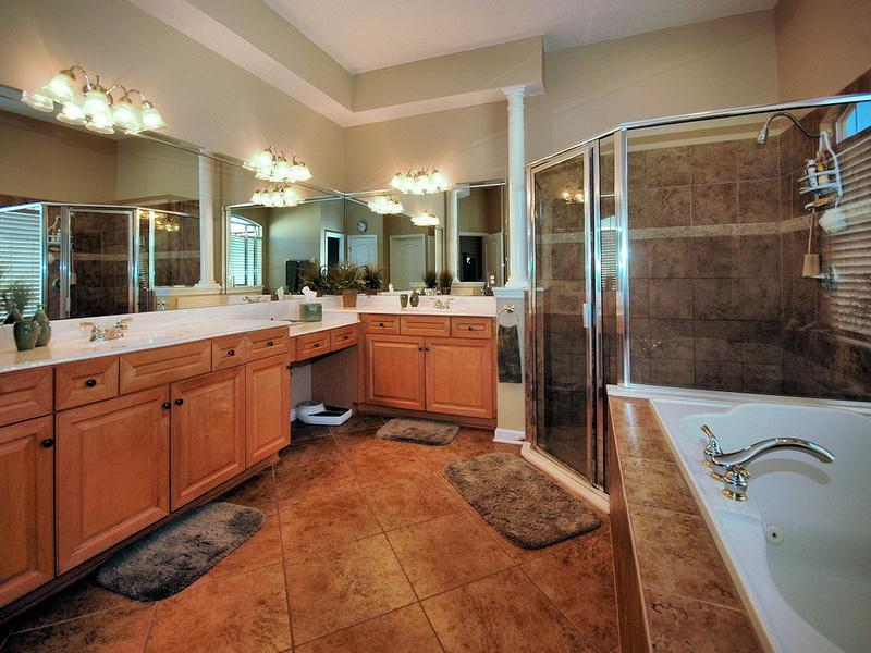 25 master bathroom decorating inspiration - Master bathroom decorating ideas ...