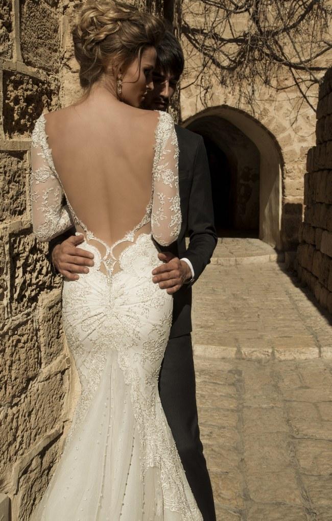 Stunning-Long-Sleeved-Wedding-Dresses