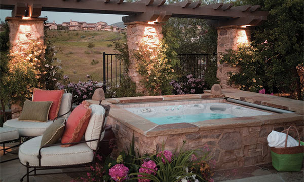 Traditional Patio Design With Square Hot Tub And