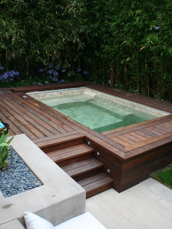 Wooden Patio Jacuzzi Design