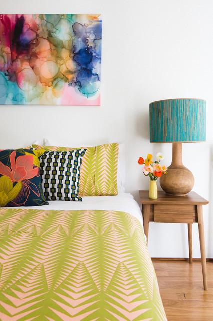 contemporary-bedroom-nice