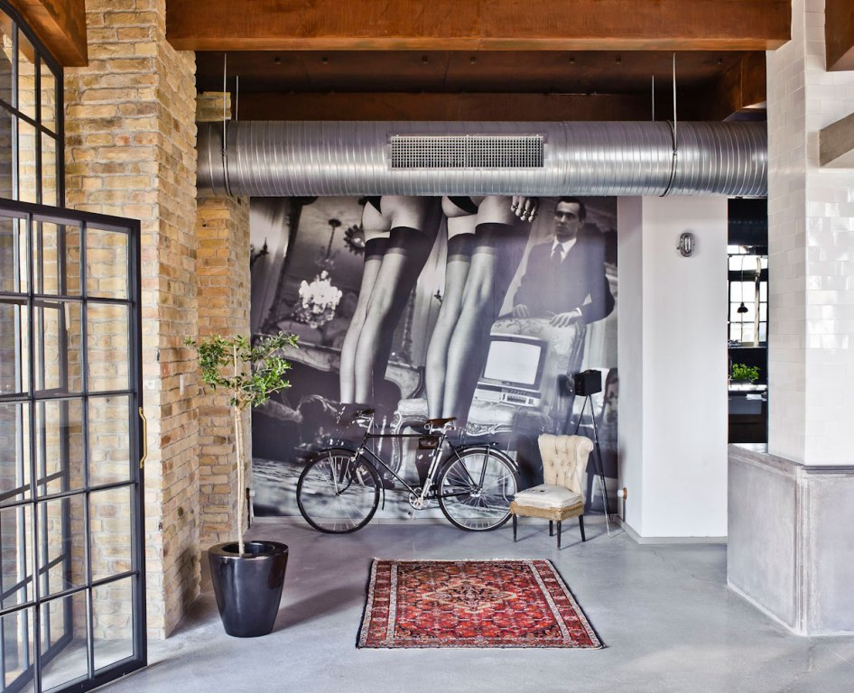 good-looking-loft-apartment-decorating-ideas-contemporary-bicycle