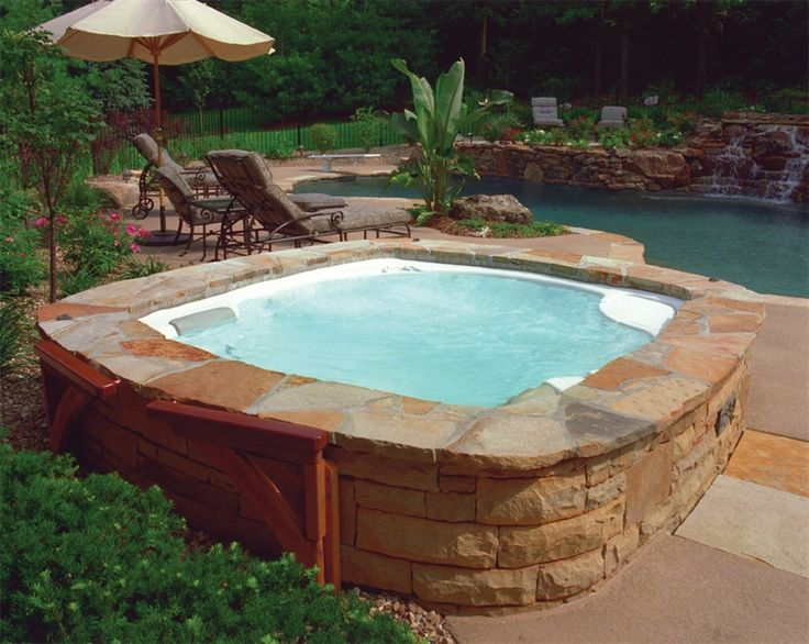 hot-tub-backyard-design