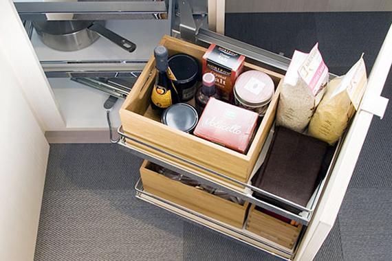 kitchen-cabinets-shelves-storage-corner