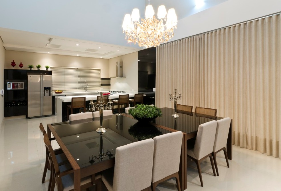 Innovative-Big-Modern-Dining-Room-Design