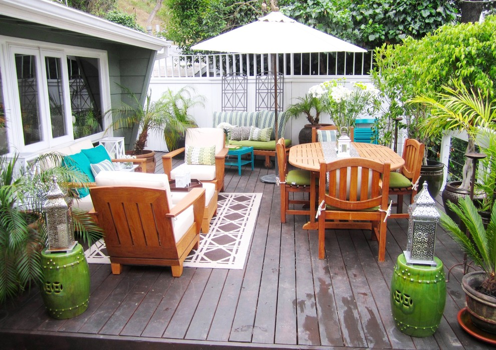 Marvelous-Patio-Umbrella-Candle-Holder-Decorating-Ideas-Images-in-Deck-Eclectic-design-ideas-