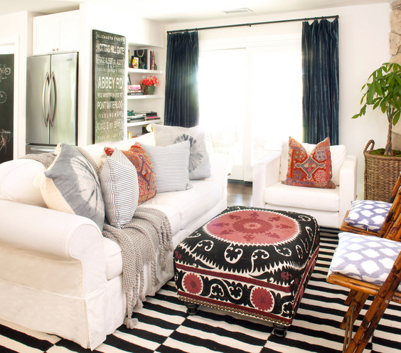 Eclectic Furnishings: 21 Stunning Eclectic Living Room Designs