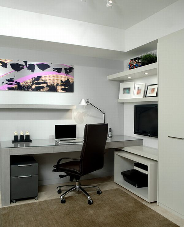 Modern-Home-Office-in-Florida-with-unassuming-simplicity