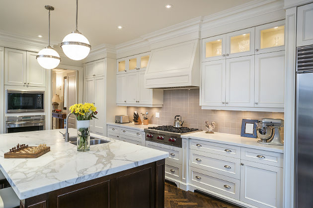 Modern traditional tops the list of 2015 kitchen trends