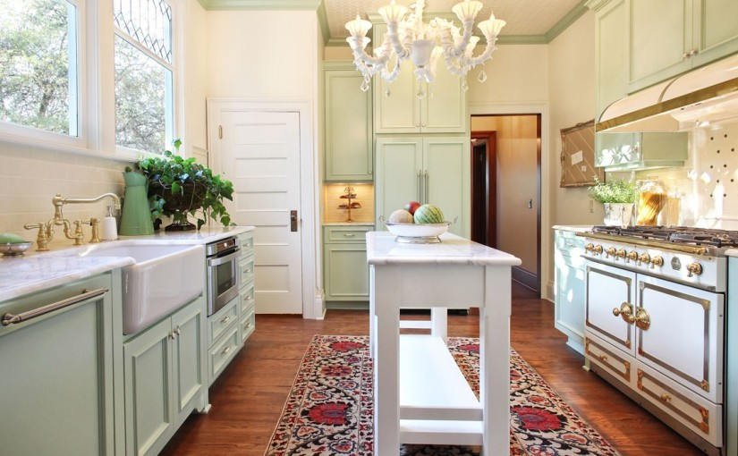 Nonconventional–Portland-Craftsman-Kitchen