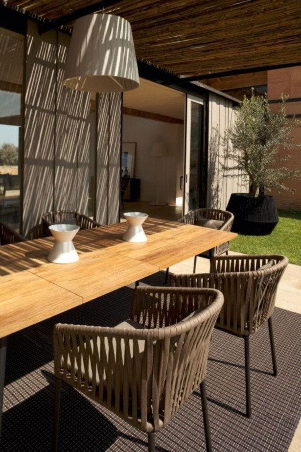 Outdoor-Dining-Room-with-Awesome-Outdoor-Dining-Room-Ideas