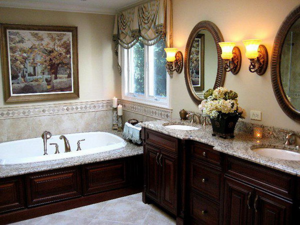 31 beautiful traditional bathroom design for Decorated bathrooms photos