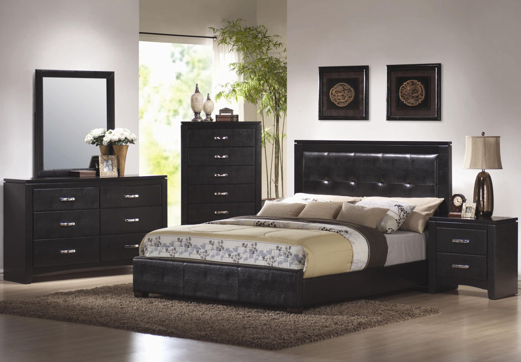 bedroom-sets-as-bedroom-design-with-simple-ornaments-to-make-for-Bedroom-design-inspiration-4