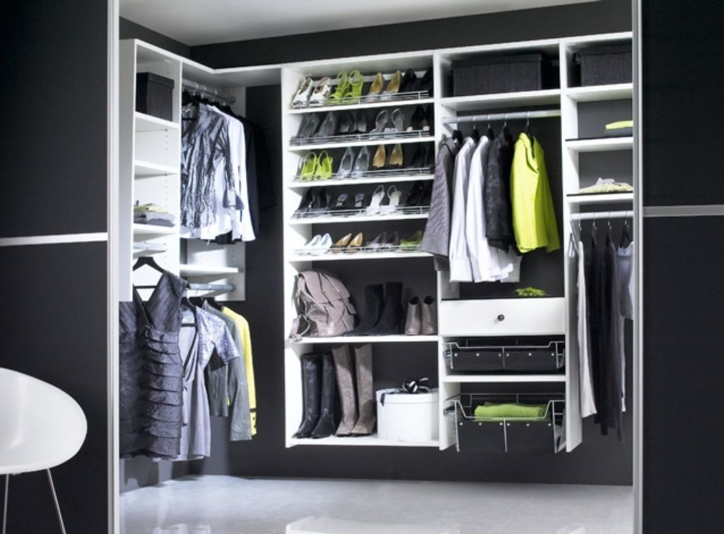 Black And White Walk In Wardrobes Modern Design