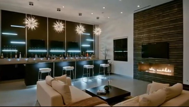 Contemporary Living Room1