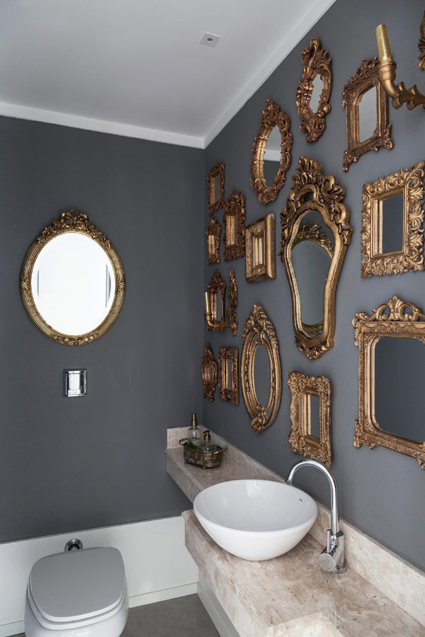 eclectic-apartment-Brazil-11-bathroom-traditional-design