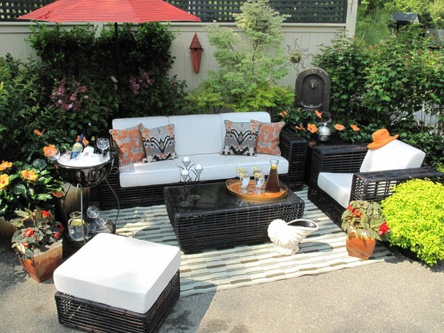 eclectic-outdoor-sofas