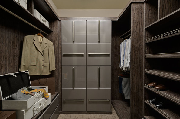 Expresso Walk In Closet Main
