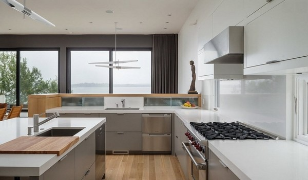 kitchen-trends-2015-white-color-natural-wood-flooring