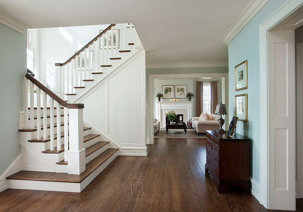 Foyer Staircase Decorating : Amazing traditional entry design ideas