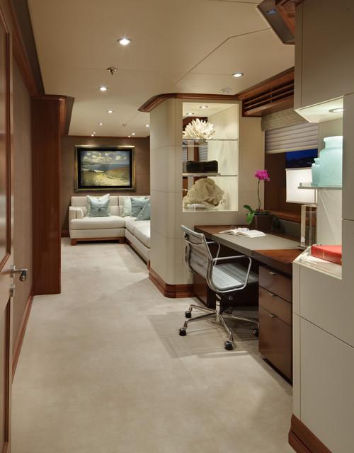 light-contemporary-home-office