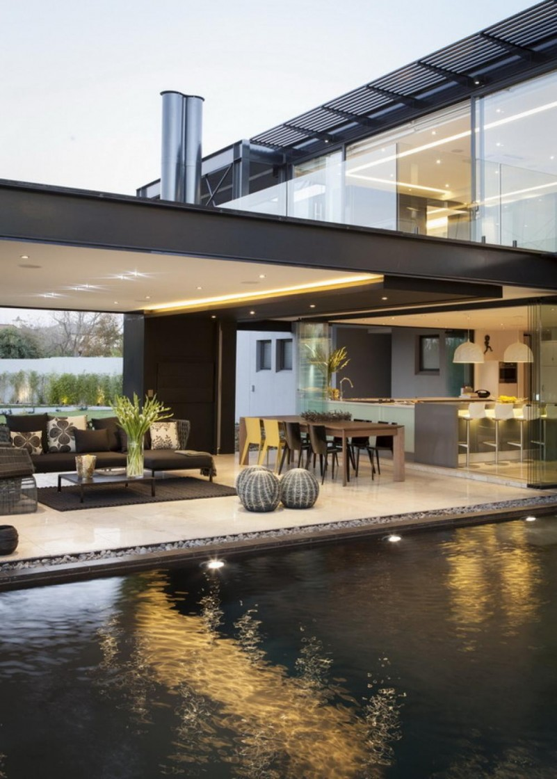 modern-house-outdoor-living-room-with-swimming-pool
