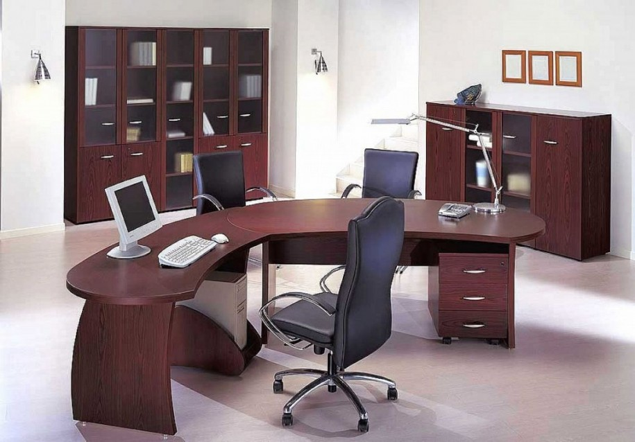 modern-minimalist-office-decor-for-men-with-with-wood-table-also-modern-desk-lamp-idea