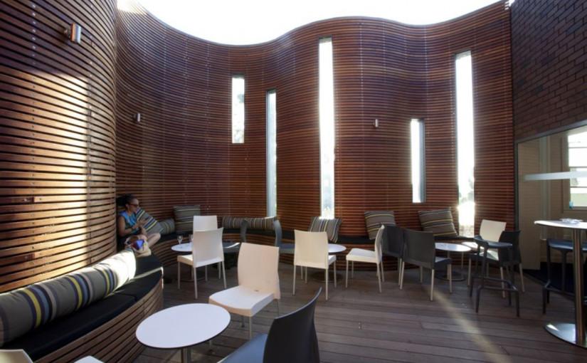 semi-outdoor-modern-terrace-with-wooden-design-modern-terrace-825x510