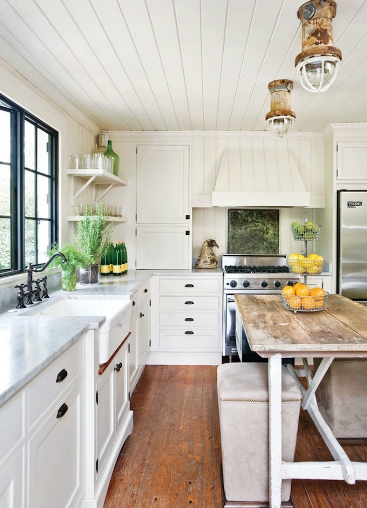 sunshine-beach-inspired-white-kitchen