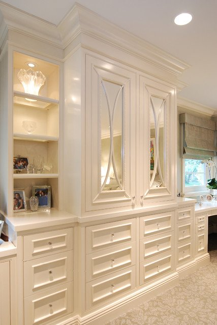 21 Best Traditional Storage Closets Design Ideas