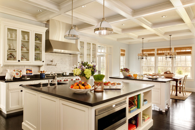 traditional-kitchen-white