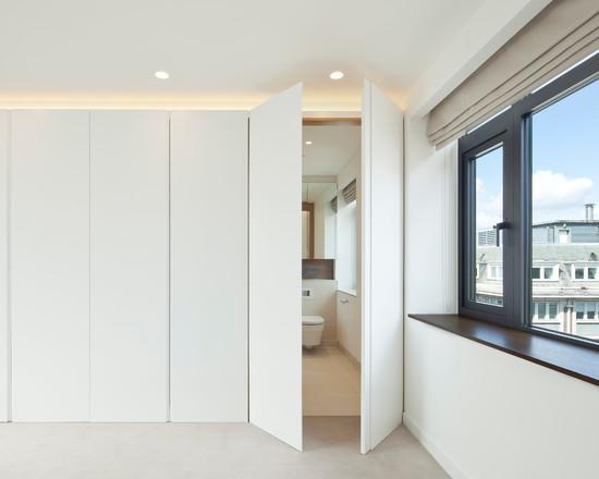 white-modern-closet