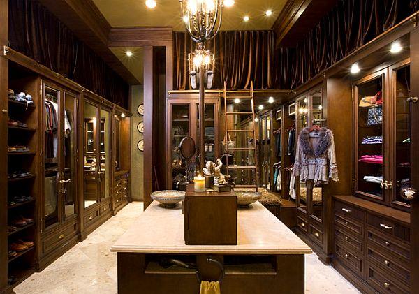 Luxurious-closet-design-for-women