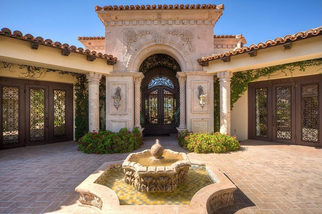 20 incredible mediterranean entry design for Mediterranean style exterior