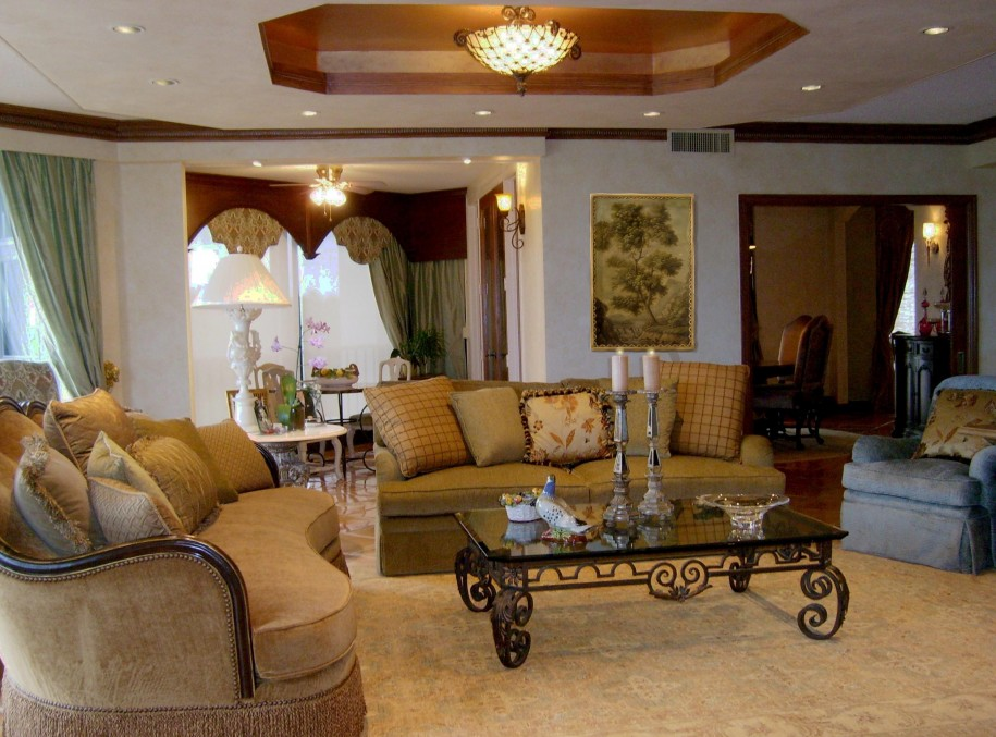 Mediterranean-Style-Interiors-Living-Room-