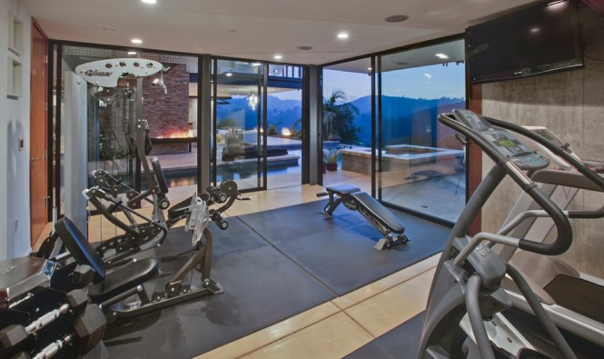 Private-Modern-Home-Gym-Design