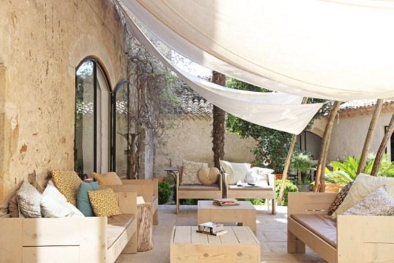 Rustic-Outdoor-Dining-Space-Design-Ideas