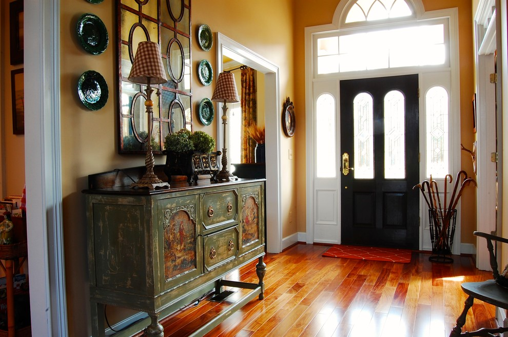 Superb-French-Country-Style-Decorating-Ideas-Gallery-in-Entry-Farmhouse-design-ideas-