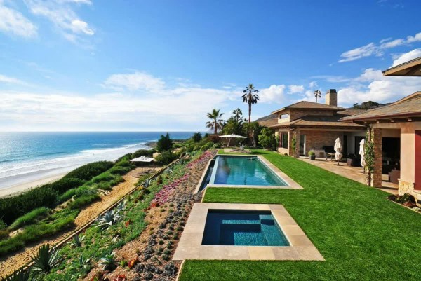 beach-home-with-palm-beach-home