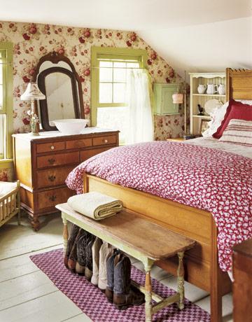 bedroom-floral-red-green