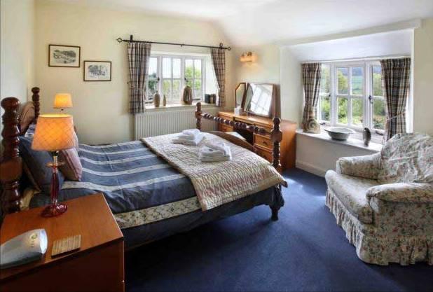 farmhouse-bedroom-2