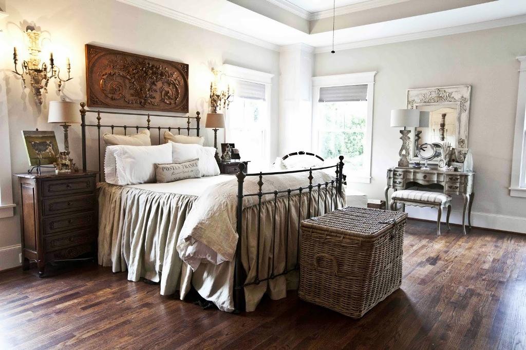 farmhouse-decor-bedroom