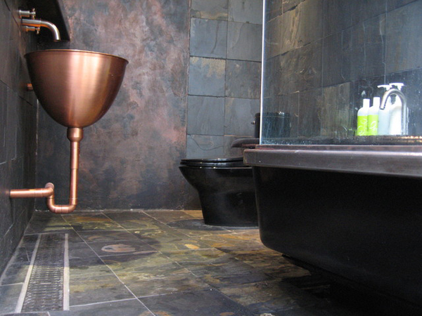 industrial-chic-bathroom-design-idea