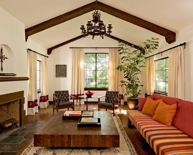 mediterranean-living-room -