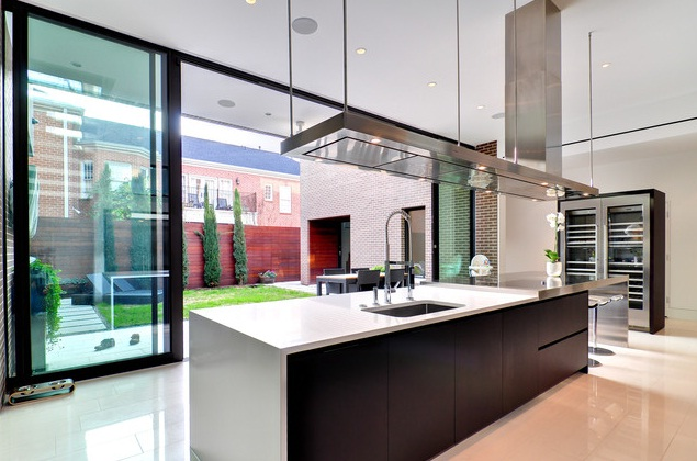 Minimalist Kitchen. Modern Kitchn Iland