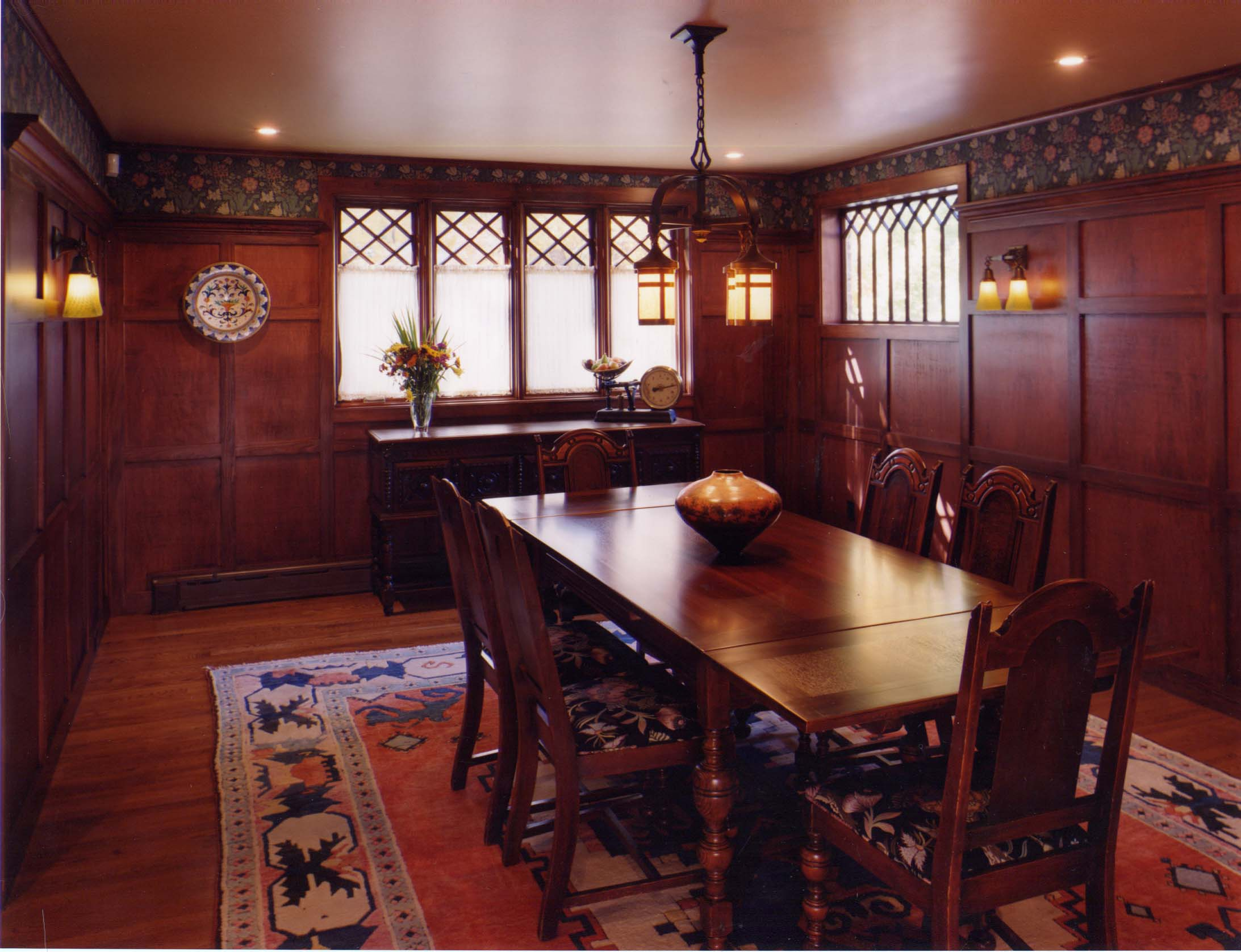 nice-looking-craftsman-dining-room-design-with-wooden-wall-decor-idea
